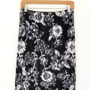 New York & Company Women's Floral Stretch Skirt